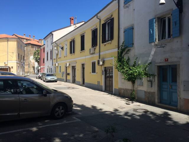 Studio apartment in centre of Koper