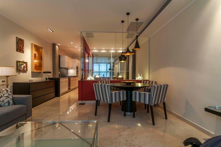 Modern Apartment near Montserrat and Barcelona - Manresa - Condominium