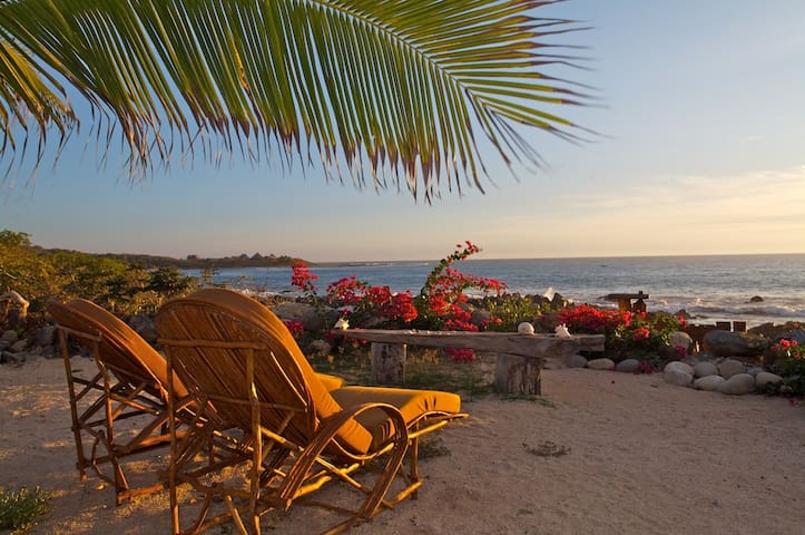 Finest Beach & Surf - CASA PORVENIR by the Sea - Troncones - Villa