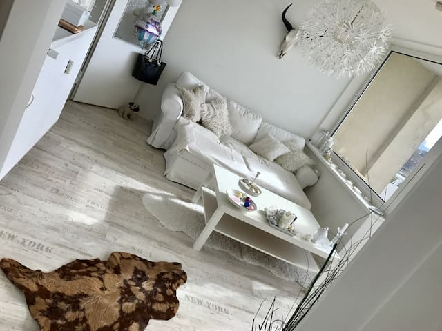 Gemütliche 2-Zimmerwohnung - Hamburg - Lägenhet