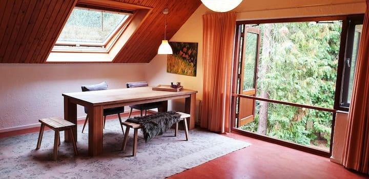 Prachtig appartement in de bossen, 15 min van WUR