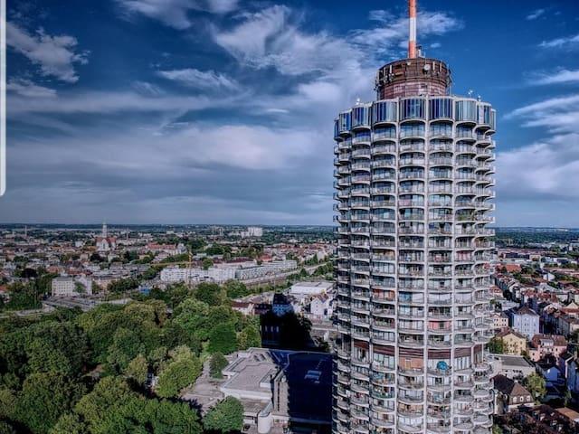 Suit 21 - Hotelturm Augsburg - WOW-Ausblick!