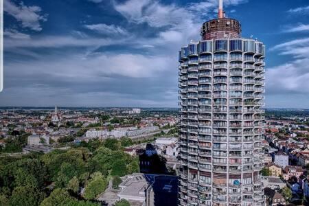 Suite~XXI  - Hotelturm Augsburg - WOW-Ausblick!