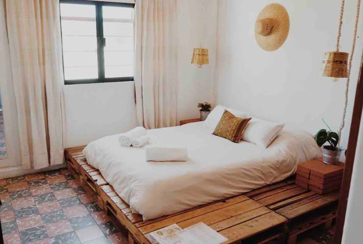 Bed & Yoga Oaxaca Center #3