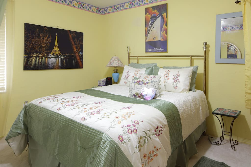 Luxuriance by the Bay sleeps 4, two large air beds included.