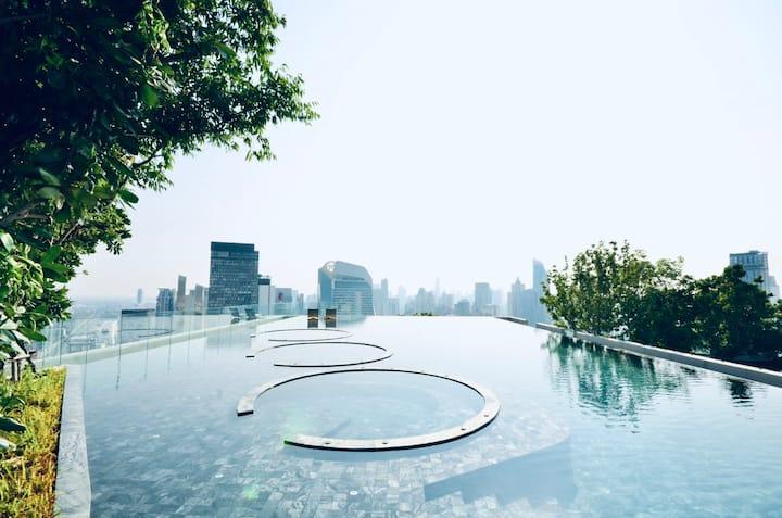 Luxurious LIFE one wireless High FL@BTS Ploenchit