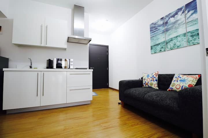 For Rent BNew - Unit 20, Acqua Private Residences.