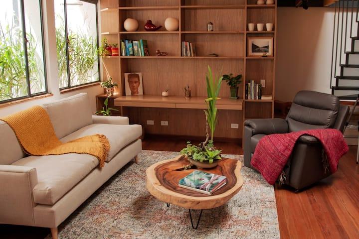 Modern condo with inside garden, centrally located
