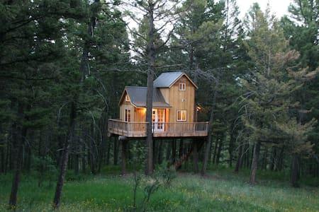 Papa's Treehouse - Bozeman - House