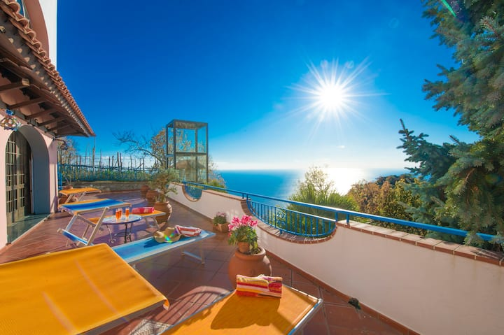 VILLA FINIZIA, SEA VIEW TERRACES WITH SOLARIUM