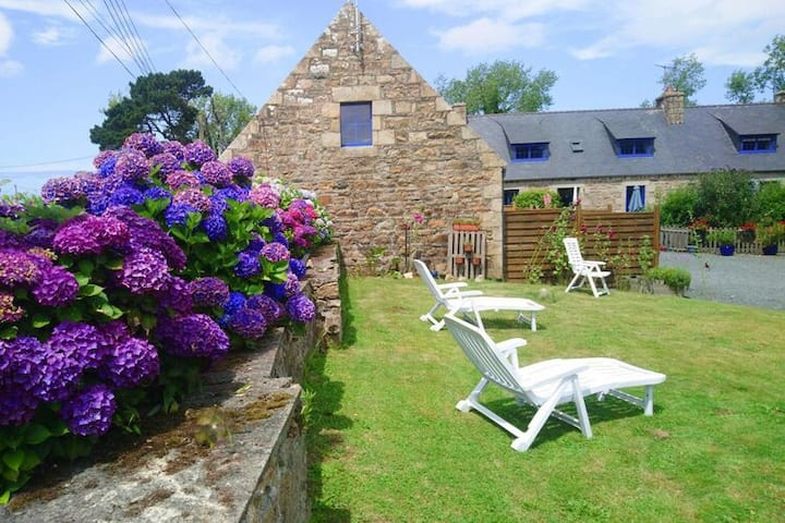 4 star holiday home in Penvénan