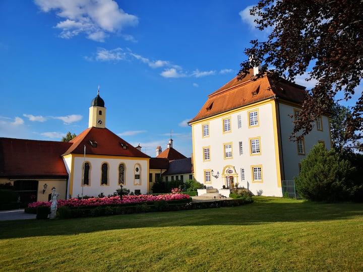 Hochzeitssuite im Schloss Aufhausen. Romantik pur.
