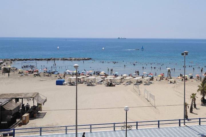 Terraza frente al mar 2 - Terrace beachfront 2