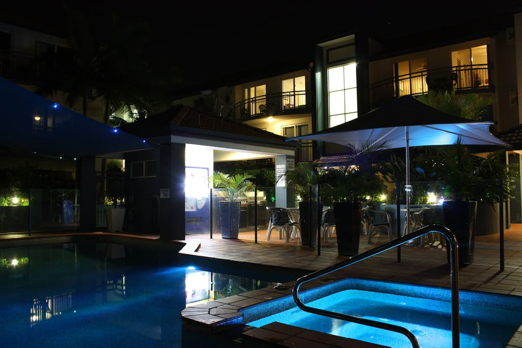 Night Pool and BBQ area
