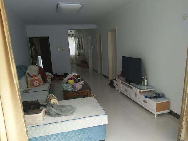张北县城中心区域 生活方便 交通便捷 新房 有无线网 - 张家口市 - อพาร์ทเมนท์