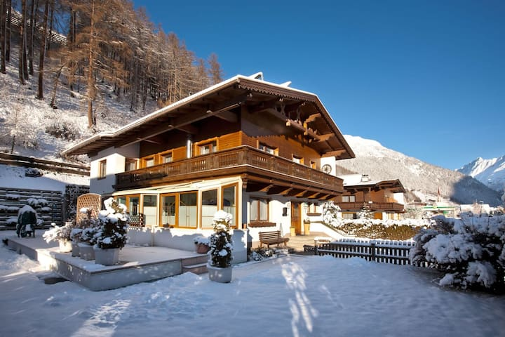 Haus Markus - central apartement for 4 persons - Sölden - Pension