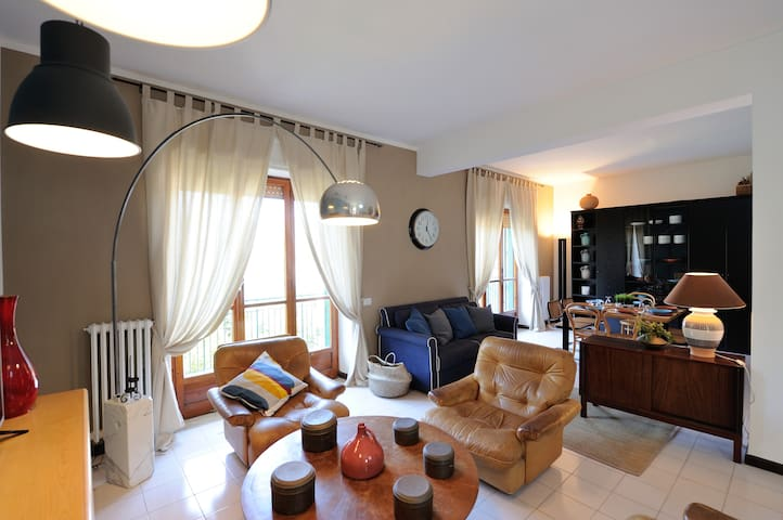 Guest house Villino H  Salerno Costiera Amalfitana - Salerno - Haus