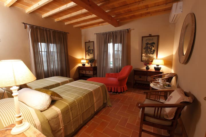 Family Suite two double rooms in a Tuscan villa