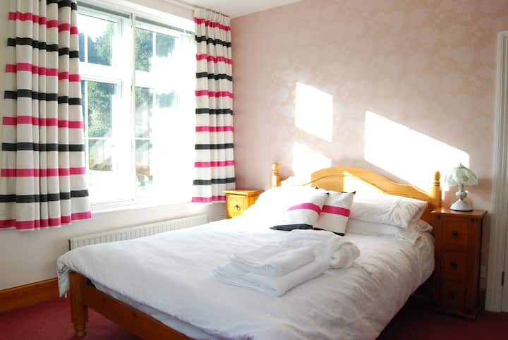 Double Bedroom w/ Breakfast - Lower Winsford B&B