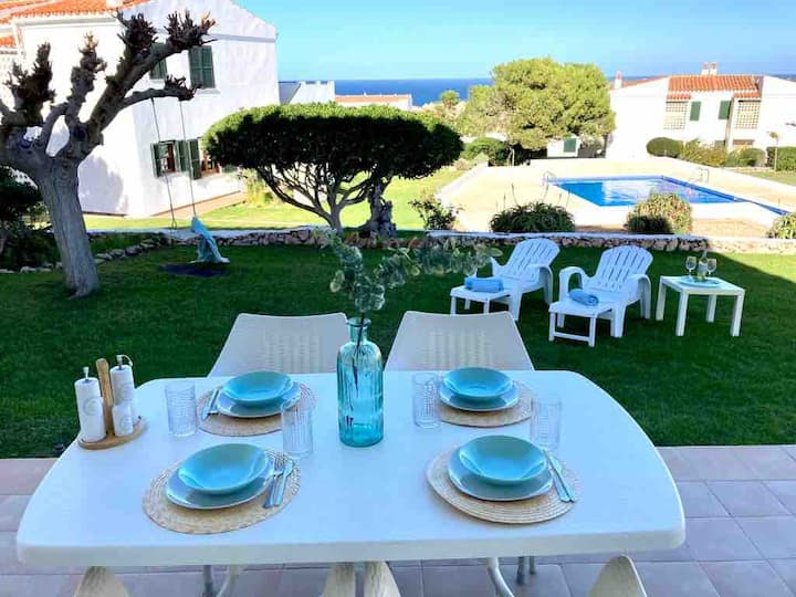 Apartamento con jardin  250 m de la playa