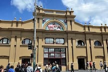 A short walk to Queen Victoria Market, a great place to shop and eat