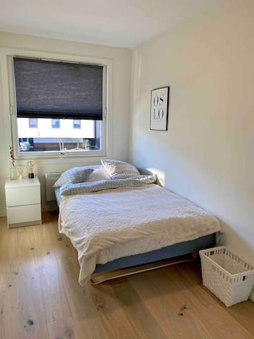 Cozy bedroom for 2, centrally located