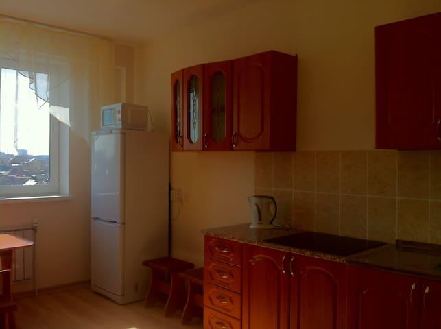 Сдается посуточно отличная 1 комнатная квартира!!! - Yekaterinburg