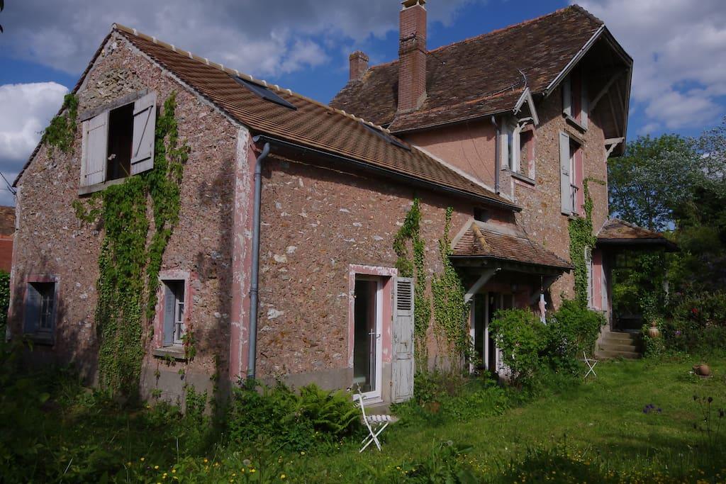 Studio chambre d 39 h tes vall e de chevreuse chambres d - Chambre d hote marne la vallee ...