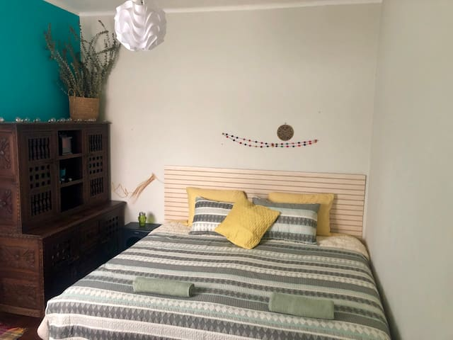 Room with king size bed in the heart of Barranco