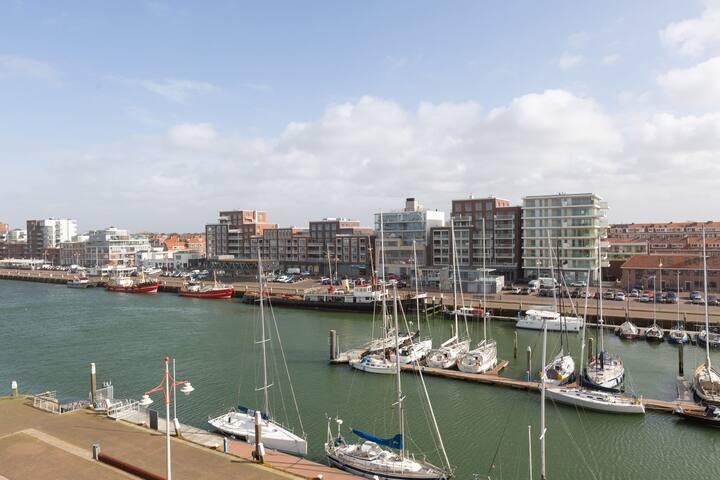 Luxury apartment near the Scheveningen beach