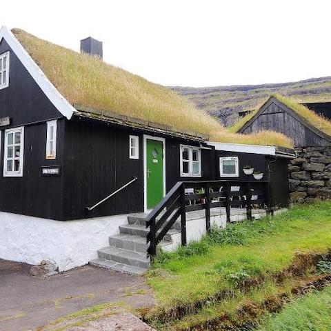 Holiday cottage in Tjørnuvík
