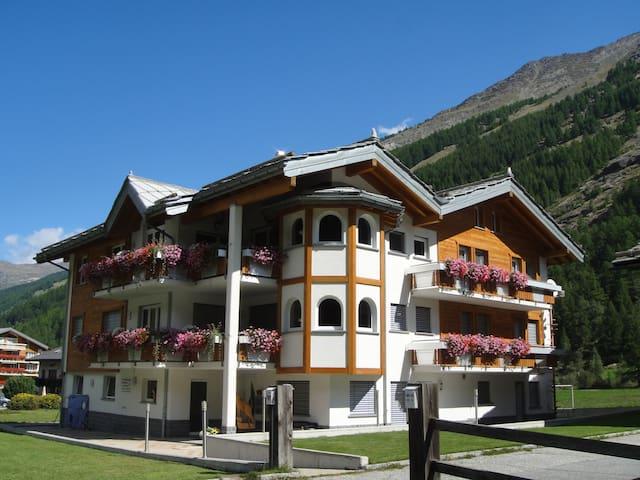 Haus Alpenstern, Alpenszene Saas Fee/Saas Grund - Saas-Grund - Huoneisto