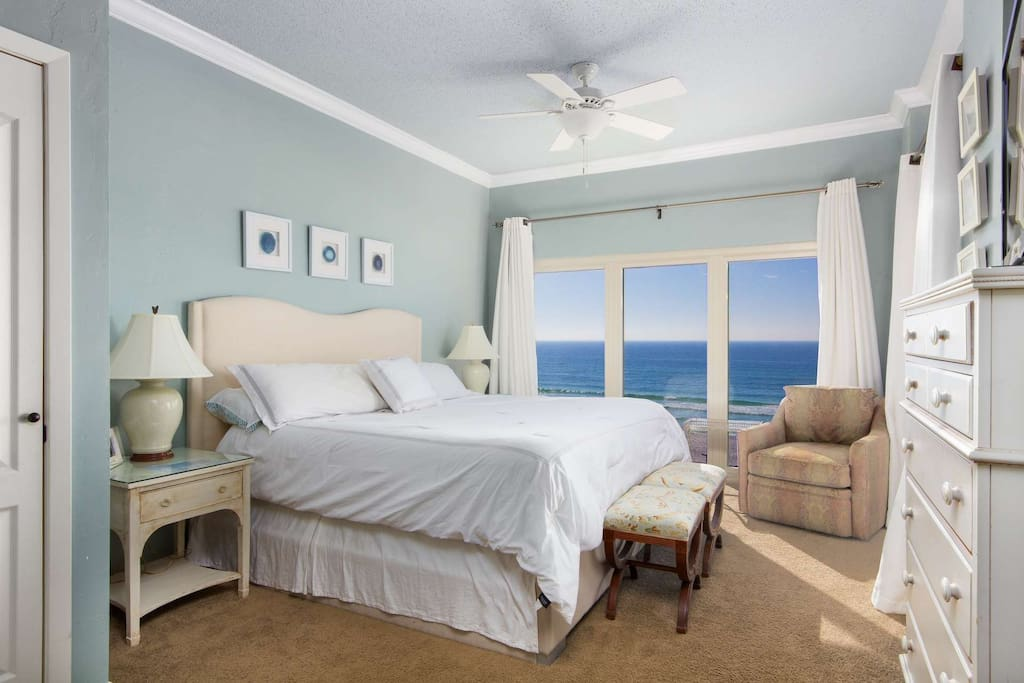King sized bed in the master bedroom with amazing gulf views