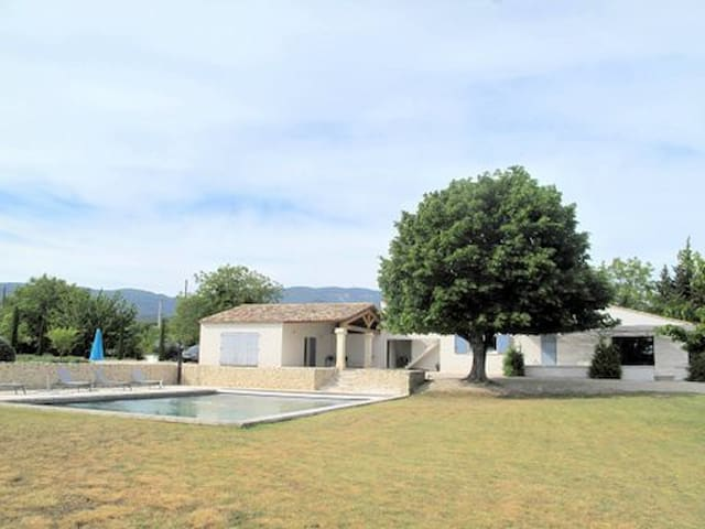 Renovated farmhouse in the Luberon - Cucuron - Villa