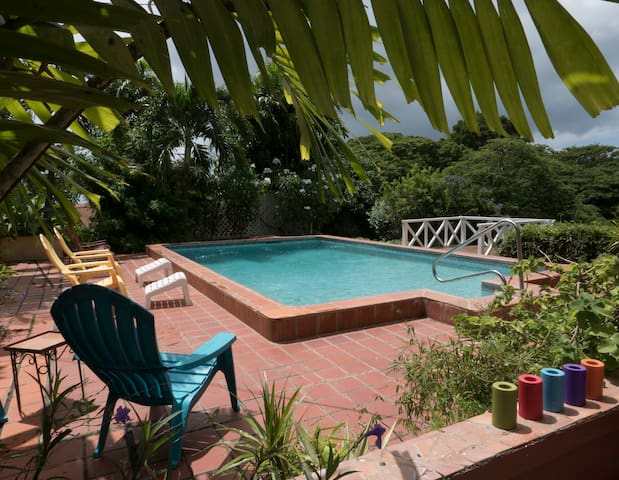 Birdsong Villa - your tropical home away from home