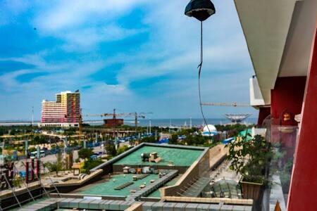 LULU'S  HOUSE ||【若栖】海景公寓/大露台/4人/亲子/山海广场景区/海岸线