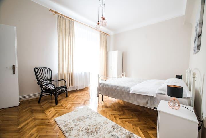 ✥ Beautiful central apartment ✥ Unique view ✥ 2BD