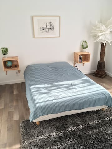 Nice & Cosy Bedroom with private balcony - Welcome