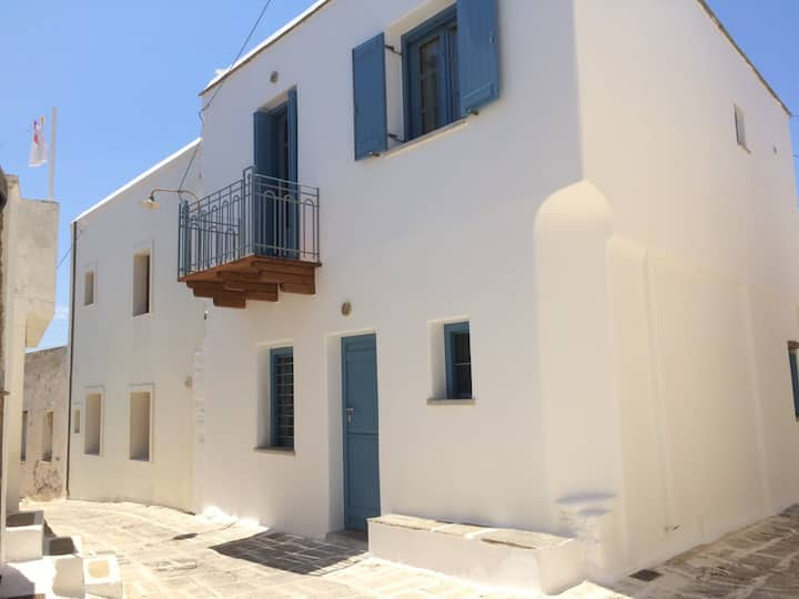 Traditional suites in Chora,  Kythnos #2