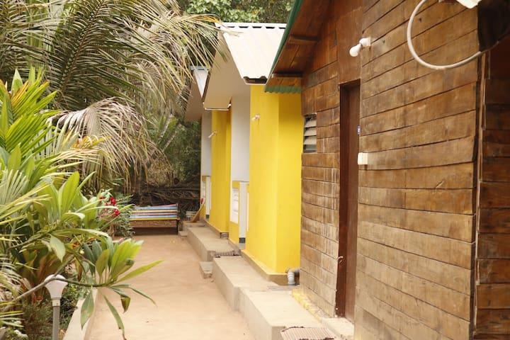Lavish studio cottage