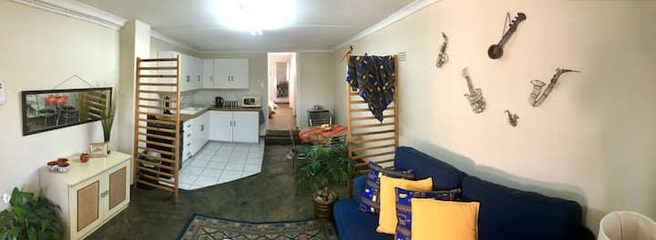 Peaceful & Private Apartment