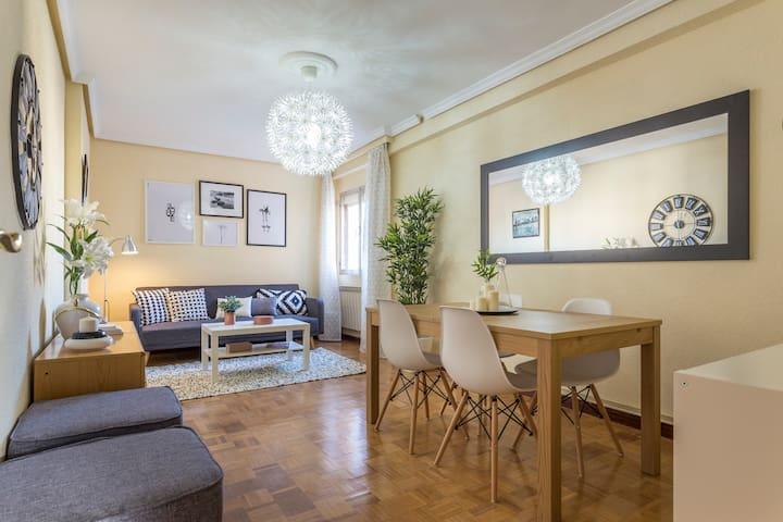 Amplio, luminoso y confortable - Getafe - Apto. en complejo residencial