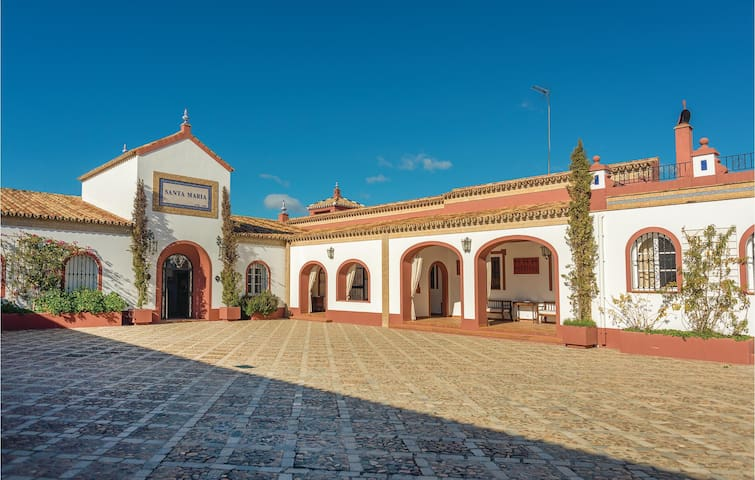 Holiday cottage with 3 bedrooms on 297m² in El Garrobo
