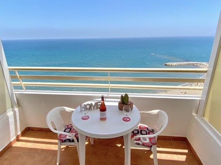 Stylish Fuengirola Studio with Panoramic Sea View