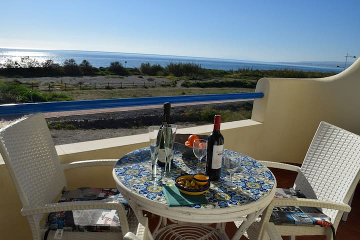 First line beach Apartment (Varadero Beach) 4PAX