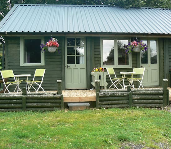 Boutique Garden Chalet, Ceredigion