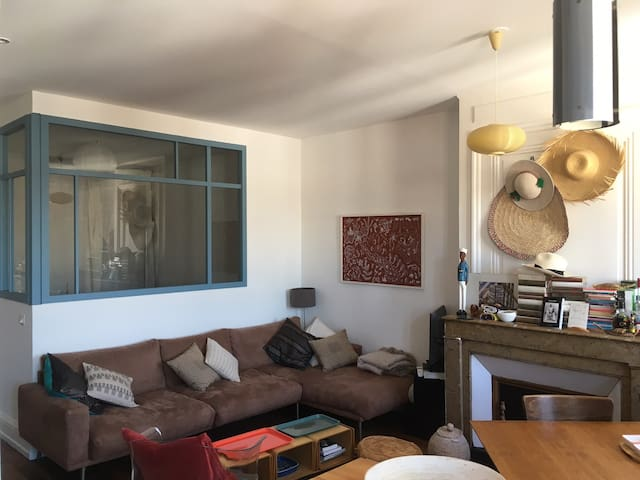 Appartement de charme à 3 stations de Bellecour - Lyon - Apartamento