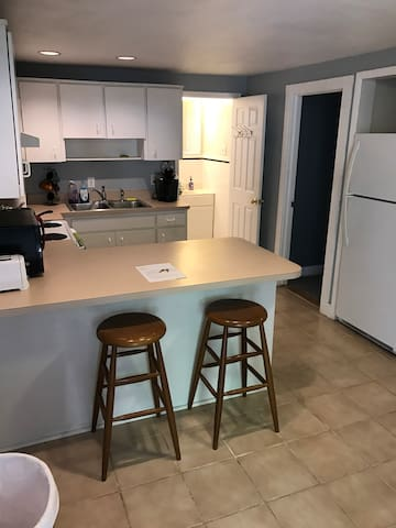 South Tampa 2BR/2BA Apt