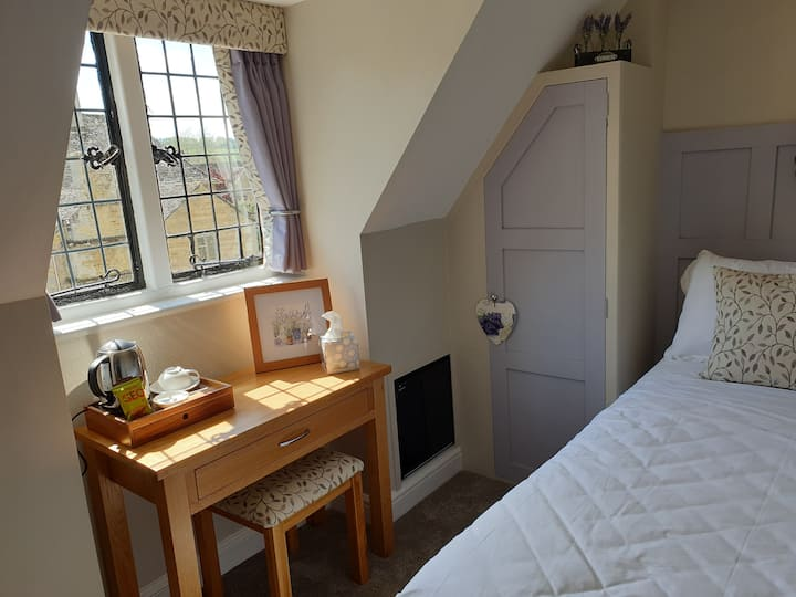 Single Room en Suite, Old New Inn