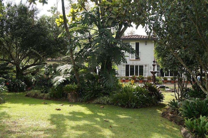 Finca Frente Club Llanogrande Habitación(3) Prvada - Rionegro - Casa